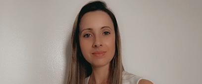 Com currículo da Graduação do Einstein, Enfermeira brasileira trabalha nos EUA